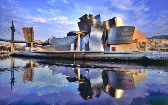 Photo of Bilbao Guggenheim by Frank Gehry
